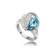 Gorgeous Platinum Plated Crystal Fashion Ring(More Colors)