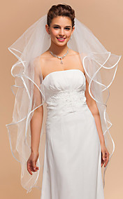 4 Layers Fingertip Wedding Veils With Ribbon Edge