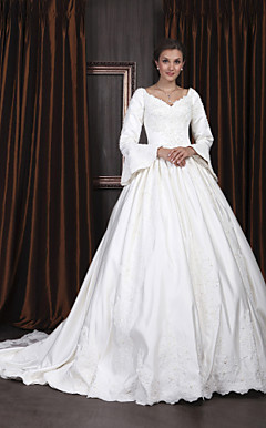 Ball Gown V-neck Long Sleeve Satin Luxury Wedding Dress With Beaded Appliques