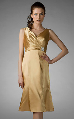 Sheath/ Column V-neck Knee-length Charmeuse Bridesmaid/ Wedding Party Dress