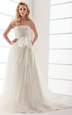 A-line Strapless Court Train Tulle Wedding Dress