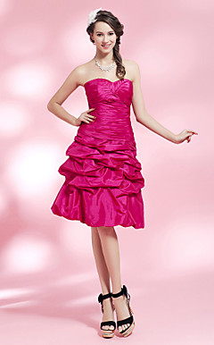 A-line Sweetheart Knee-length Taffeta Cocktail Dress