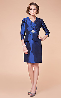 Sheath/Column V-neck Knee-length Taffeta Mother of the Bride Dress With A Wrap