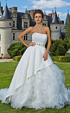 Two-In-One Ball Gown Strapless Chapel Train Taffeta Wedding Dress