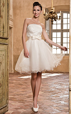 A-line Strapless Lace And Tulle Wedding Dress