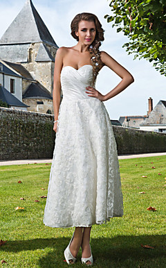 Sheath/Column Sweetheart Ankle-length Taffeta Lace Wedding Dress