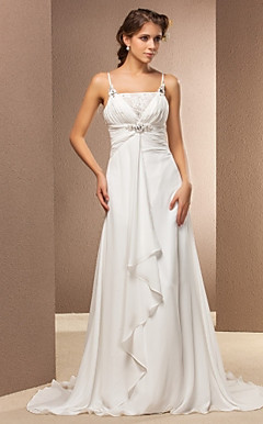 Sheath/Column Spaghetti Straps Court Train Chiffon Wedding Dress