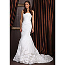 Trumpet/Mermaid Strapless Court Train Taffeta Wedding Dress